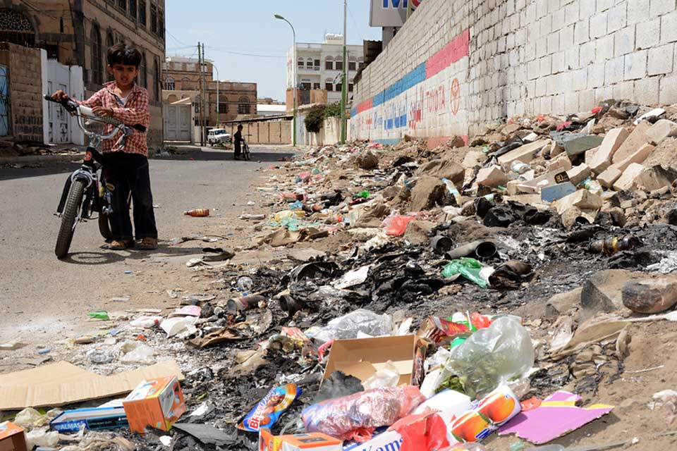 How Yemen's conflict destroyed its waste management system